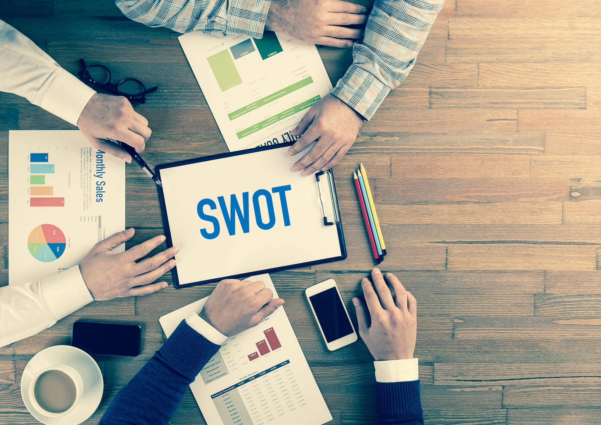 SWOT Analysis Of A Business: How To Do A SWOT Analysis (With Free Template)
